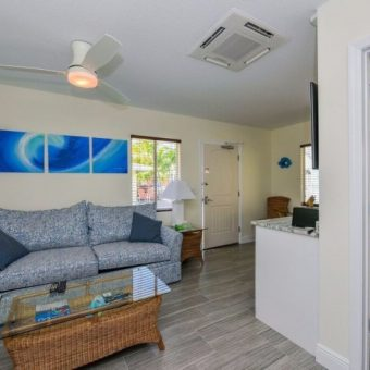 Siesta Key Beachside Villas One Bedroom Suite